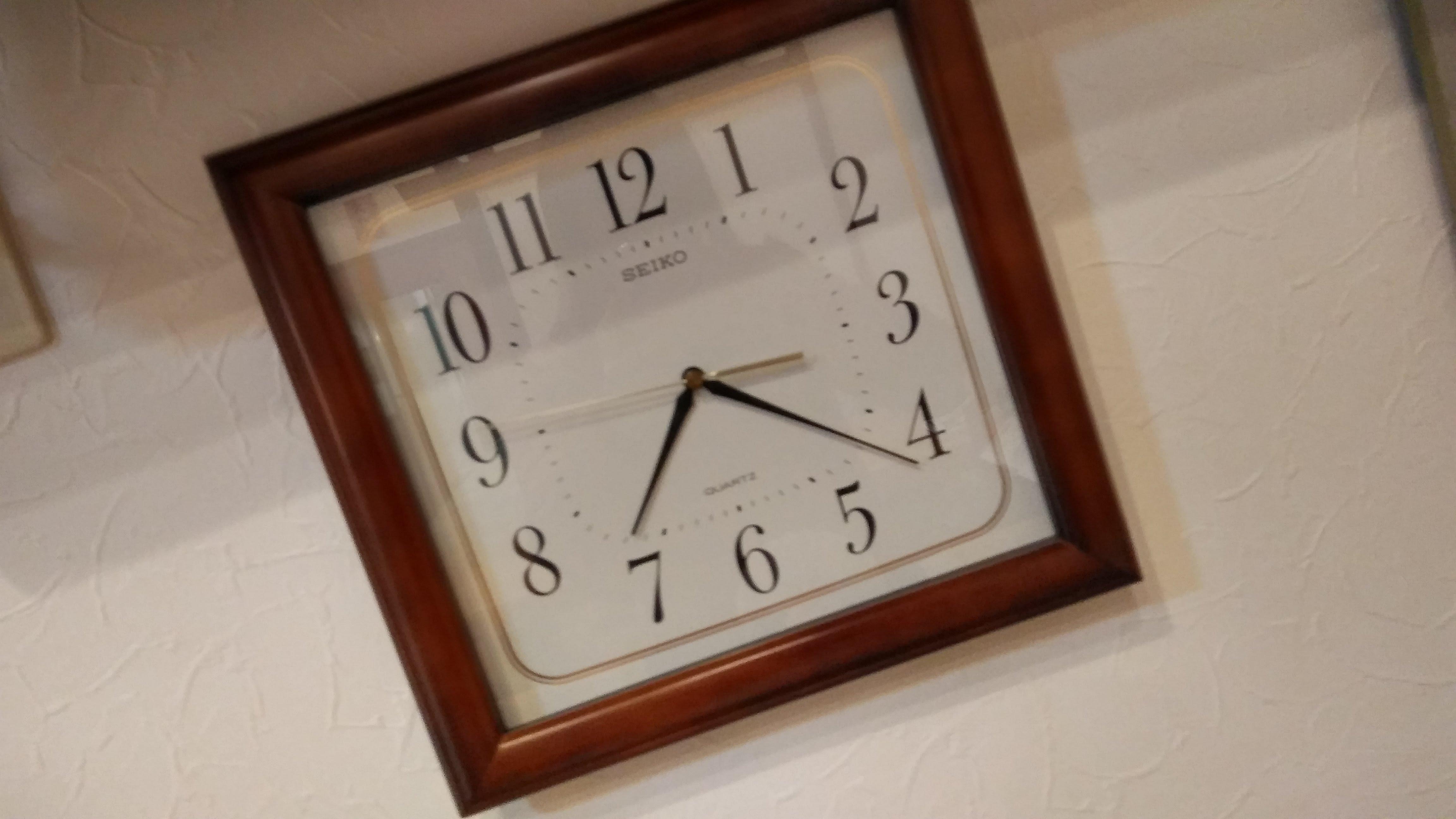 四角い時計